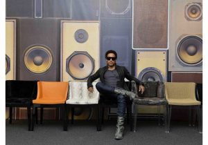 ( Lenny Kravitz and his line of Mademoiselle chairs for Kartell, from www.milia shop.com)